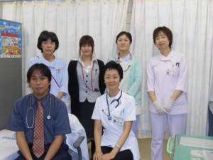 木多村知美医師と遠野病院小児科スタッフ集合写真